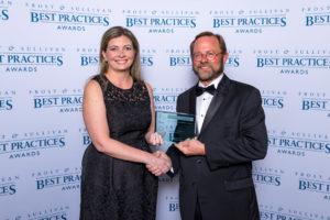 Axalta (CROMAX) gana el Premio al Liderazgo en el Mercado Global de Repintado
